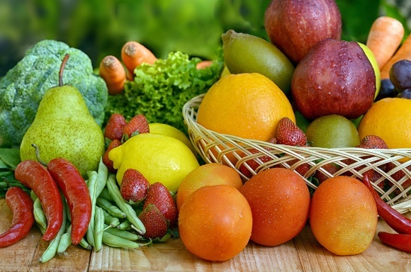 "Résultat de recherche d'images pour ""Polyphenols promote health - found in all fruits and vegetables"""