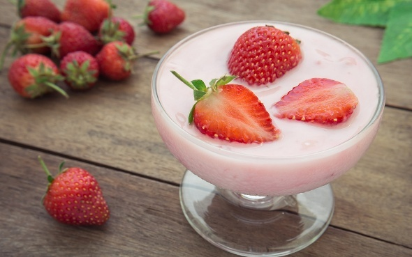Strawberry Yogurt and Berries