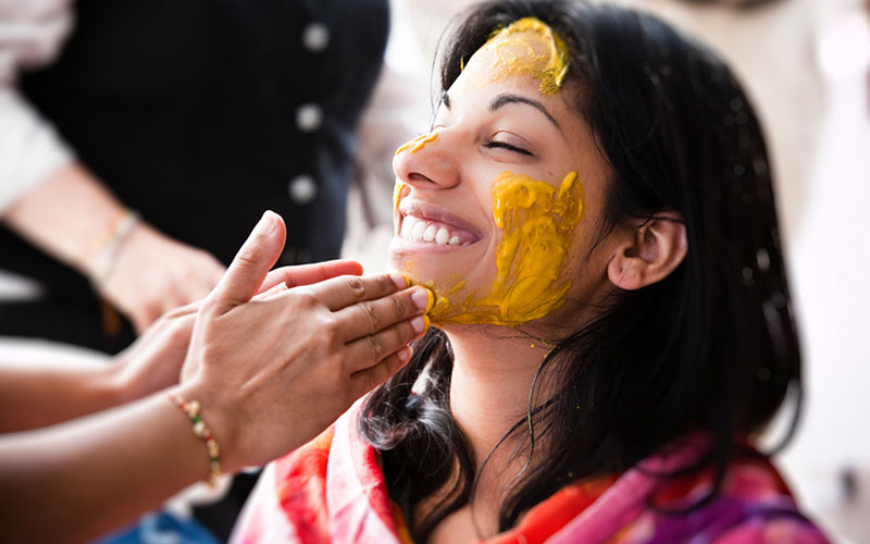Turmeric For Skin Whitening Alivebynature All About Nad
