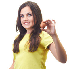 girl-holding-an-egg